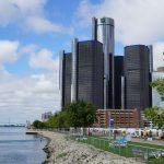 """O rapper Eminem faz rimas sobre Detroit (sua cidade natal), nos EUA, na música """"Welcome to Detroit"""""""