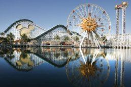 Também em Anaheim, o Disney Califórnia Adventure é inspirado em temas e ícones californianos