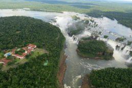 Das cataratas a safári: confira o que reserva Foz do Iguaçu