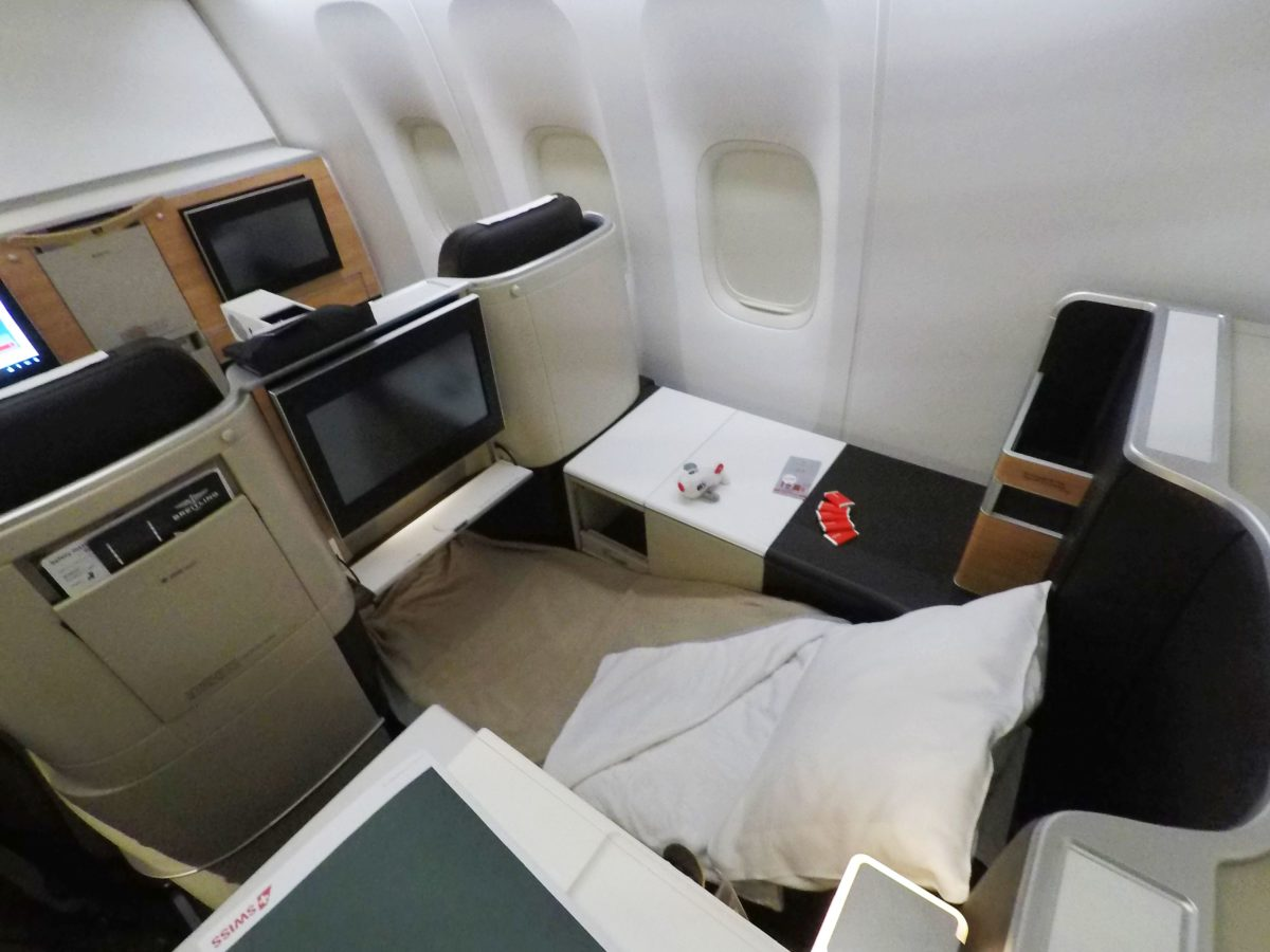 Classe executiva do Boeing 777-300R, novo avião da Swiss Air