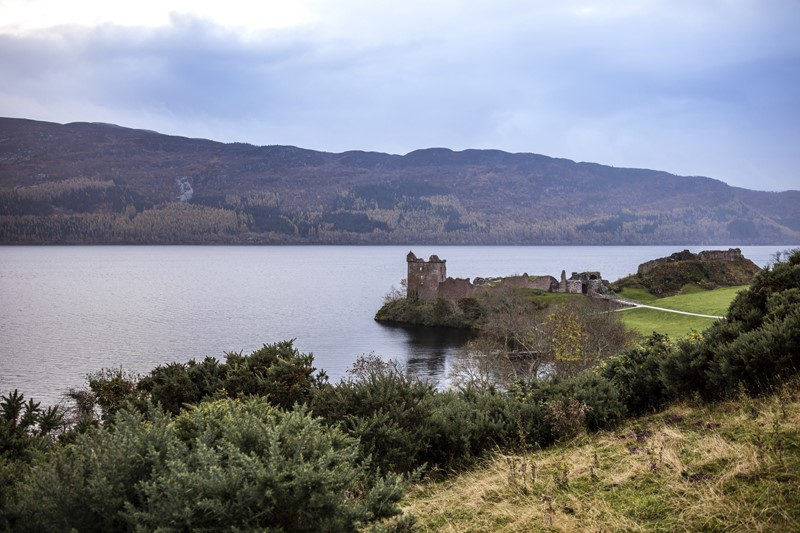 Urquhart Castle, nas margens do Lago Ness