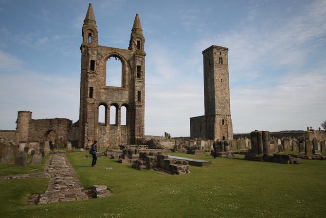 Ruínas da Catedral de St. Andrews, na Escócia
