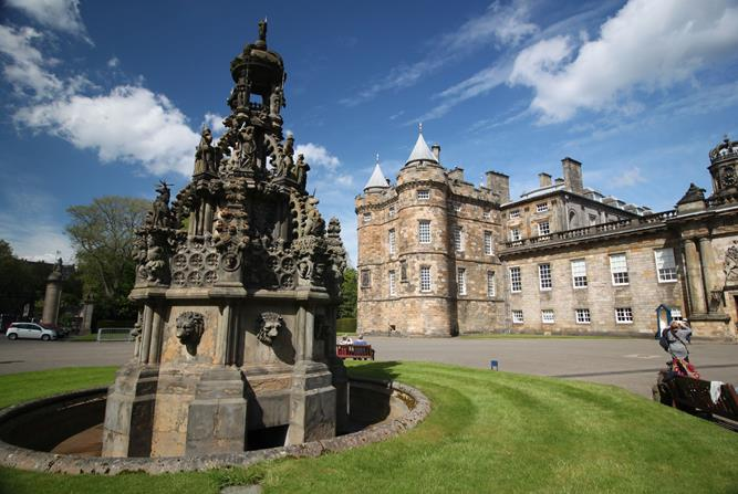 Palácio de Holyrood, na Escócia