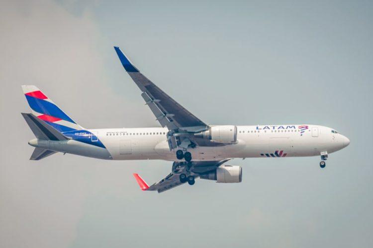 O grupo Latam vai operar um voo para Lisboa, em Portugal. O novo destino internacional será operado a partir de 2 de setembro. Serão cinco voos semanais. |ruifo on Visual Hunt / CC BY-NC-SA