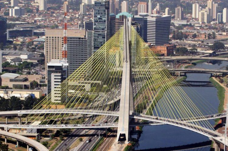 Ponte em São Paulo