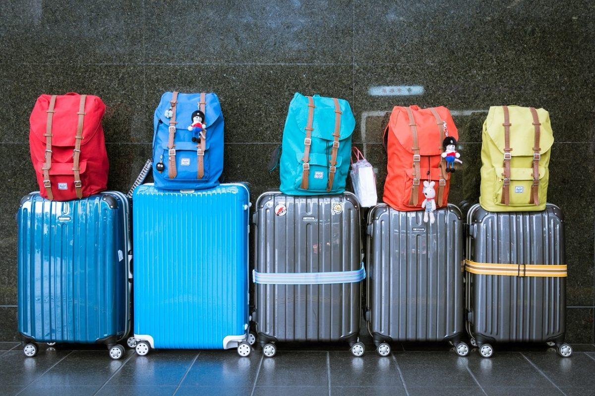 Guia de como arrumar a mala perfeita para a sua viagem