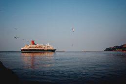 Saiba quais documentos levar para uma viagem de navio |unsplash-logoYolanda Sun