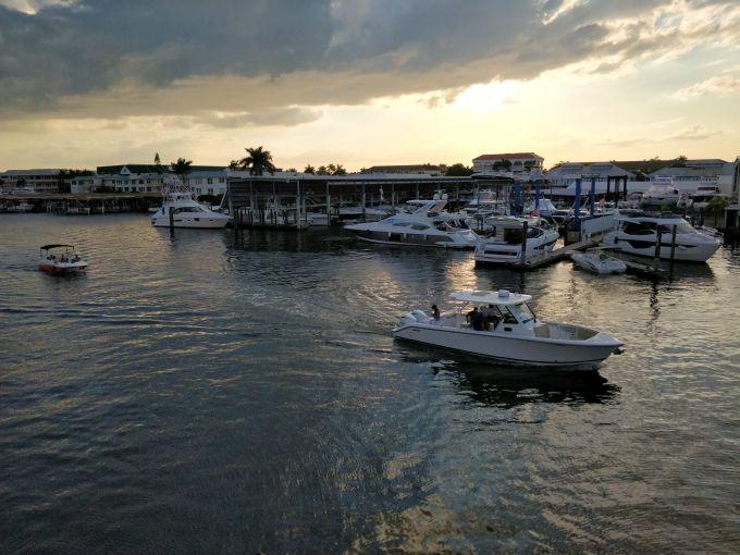 Pôr do sol em Naples Florida