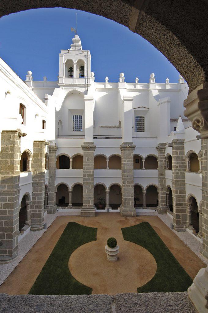 Hotel já foi antigo convento do século 15 | Divulgação