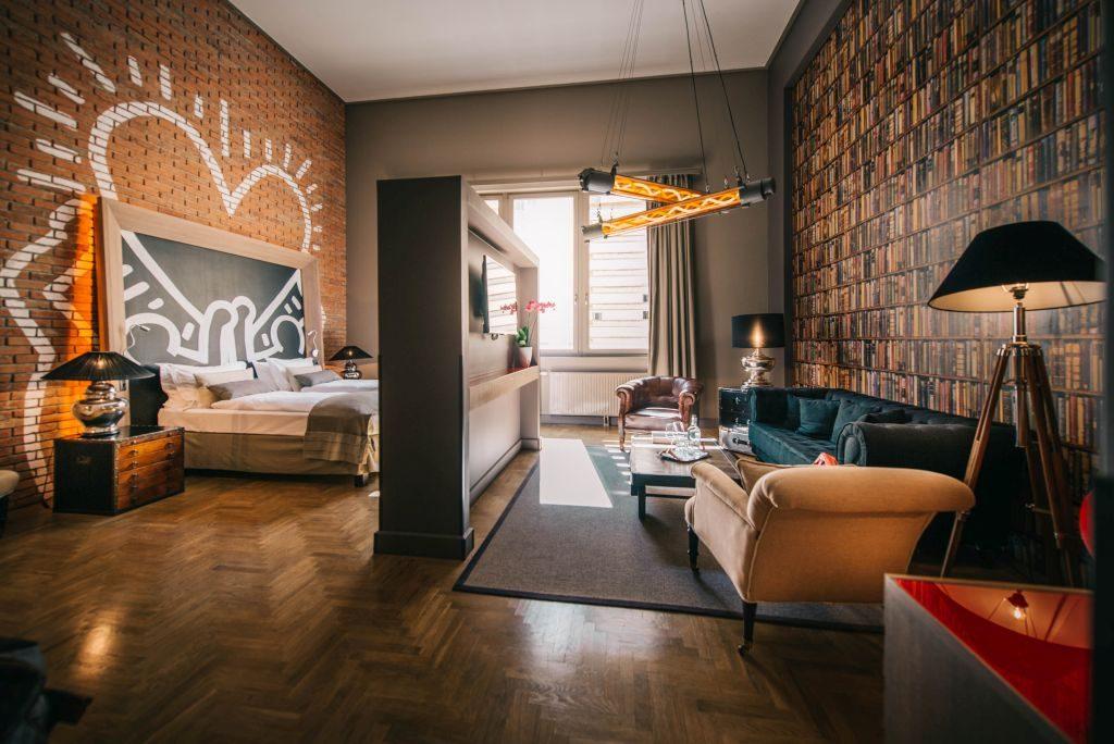 Quarto do hotel localizado em Budapeste, Hungria | Divulgação