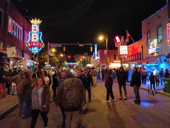 Beale Street de noite