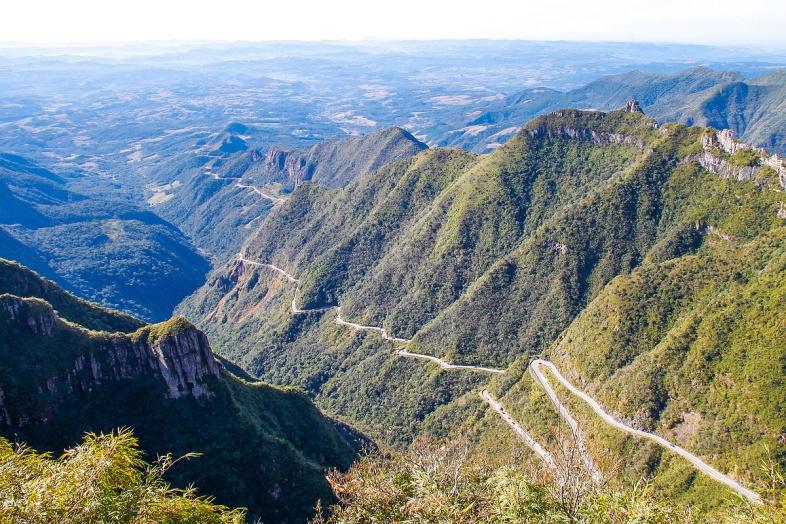 É possível apreciar a paisagem na serra   Divulgação