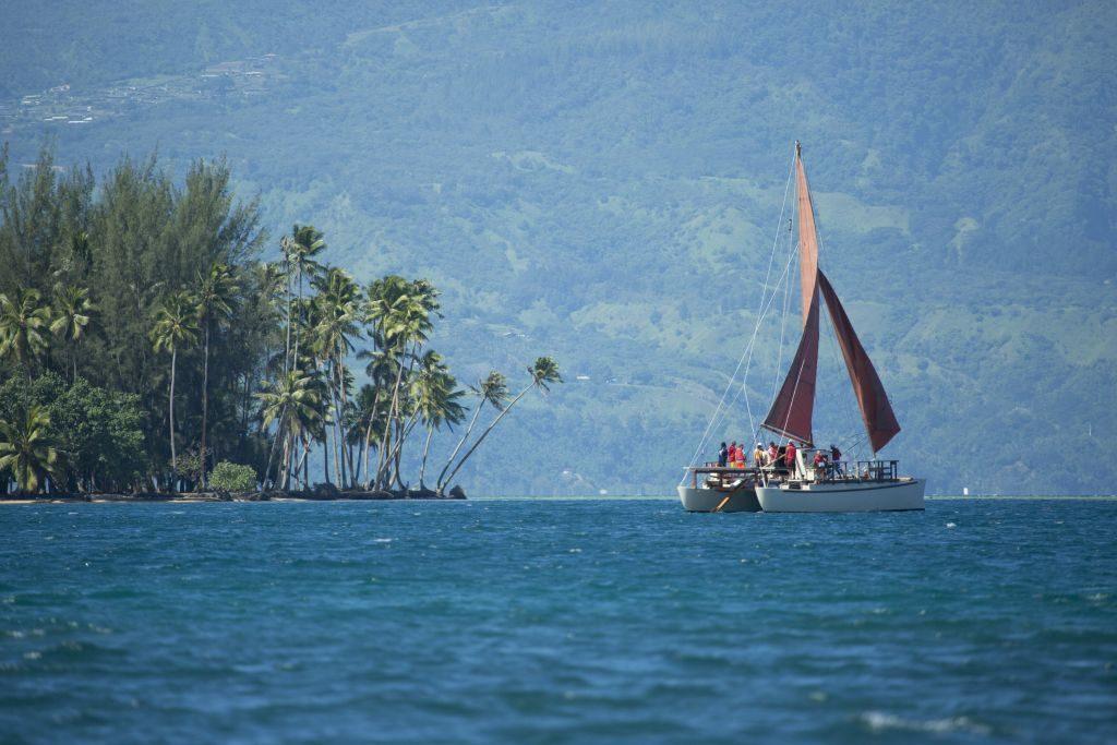 Embarcação no Tahiti | Divulgação