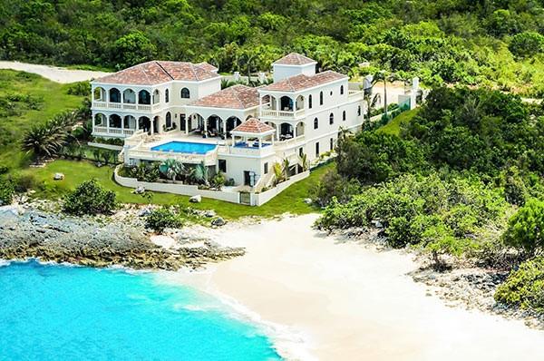 O Sandcastle Villa chama a atenção dos turistas pelo tamanho | Divulgação