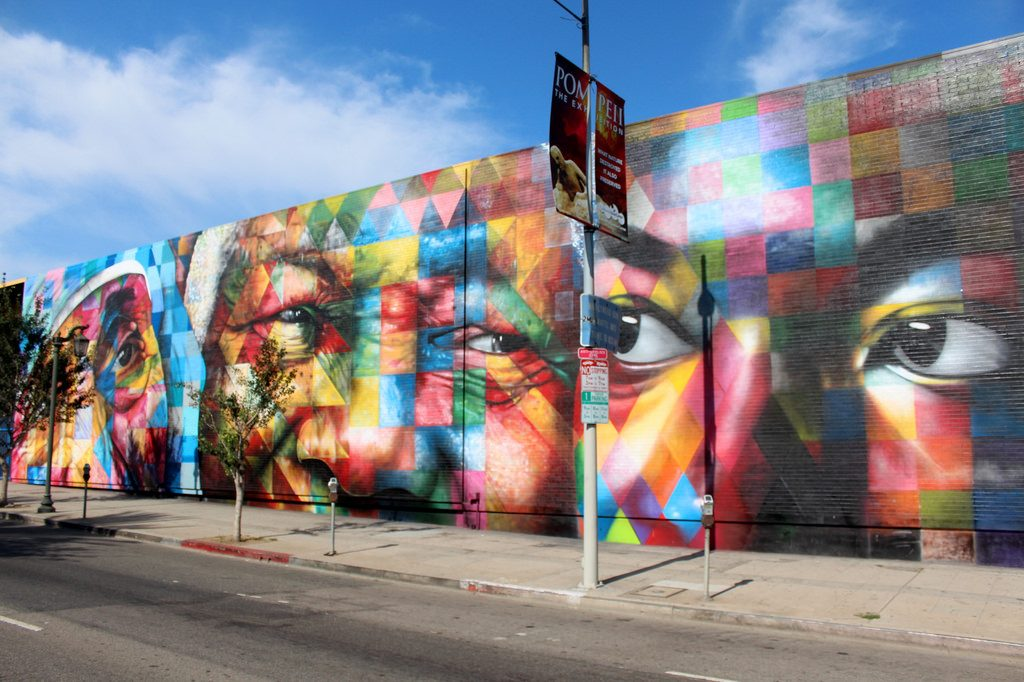 "Mural do artisra Kobra | <a href=""https://www.flickr.com/photos/wallyg/14870198612/"">wallyg</a> on <a href=""https://visualhunt.com"">Visual Hunt</a> / <a href=""http://creativecommons.org/licenses/by-nc-nd/2.0/""> CC BY-NC-ND</a>"