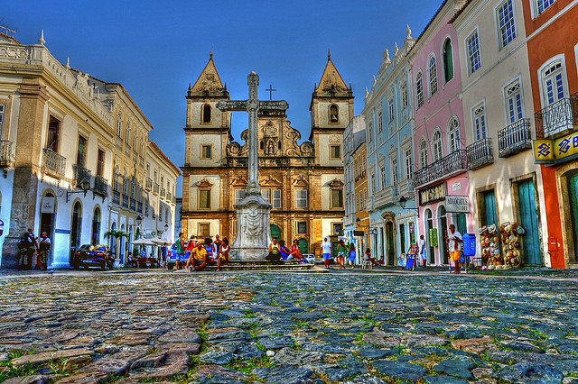 "Igreja em Salvador | <a href=""https://visualhunt.co/a1/56a33c"">Taskaso</a> on <a href=""https://visualhunt.com/re3/fc8eadc7"">VisualHunt</a> / <a href=""http://creativecommons.org/licenses/by-sa/2.0/""> CC BY-SA</a>"