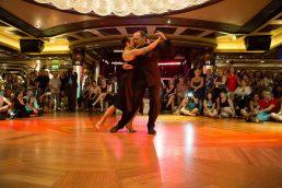 Navio da Costa vai estrear Dançando no Mediterrâneo em outubro deste ano