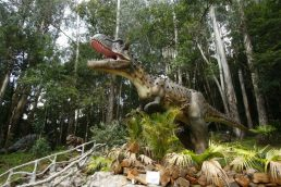 Vale dos Dinossauros será inaugurado em Olímpia (SP)