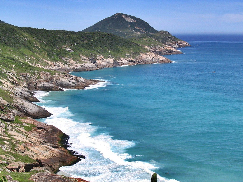 "Vista da praia em Arraial do Cabo | <a href=""https://visualhunt.co/a2/4067d6"">Rodrigo Accurcio</a> on <a href=""https://visualhunt.com/re4/b4bd3834"">Visualhunt</a> / <a href=""http://creativecommons.org/licenses/by/2.0/""> CC BY</a>"