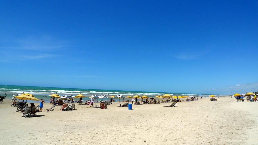 Turismo em Fortaleza: praia do Futuro