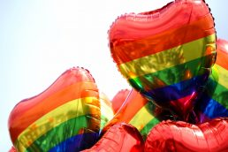 Maiores paradas LGBT