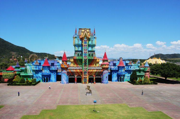 Casto do Beto Carrero World, um dos melhores destinos para viajar com crianças