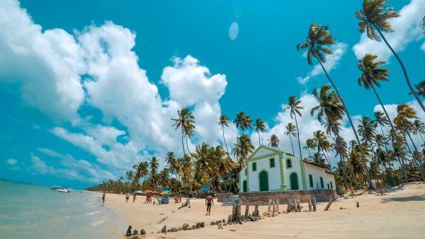 Igreja na Praia dos Carneiros | Divulgação