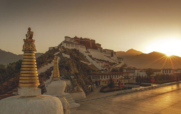 Cenário para sessão de fotos Shangri-La Lhasa | Divulgação