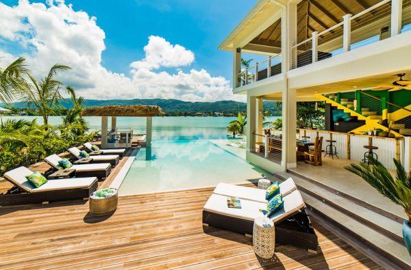 Na América Central, uma boa opção é uma casa na capital turística da Jamaica | Divulgação