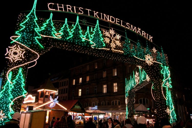 Christkindelsmärik de Estrasburgo - Estrasburgo, França | LenDog64 on Visualhunt / CC BY-ND