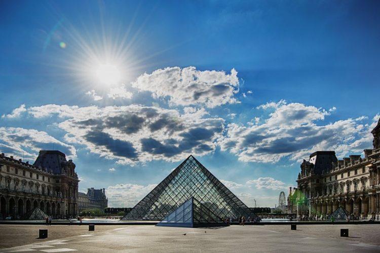 Museu do Louvre, Paris - https://www.louvre.fr/en | Pixabay