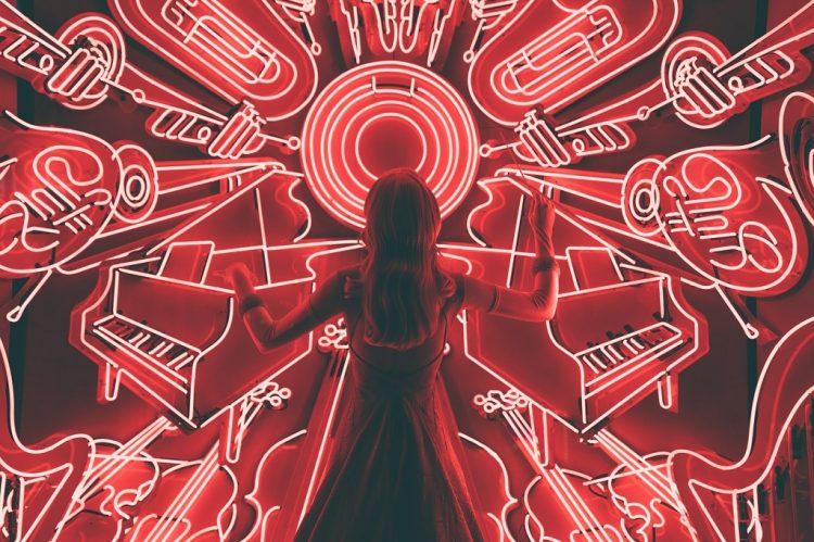 lives-veja-os-artistas-que-estao-se-apresentando-na-quarentena
