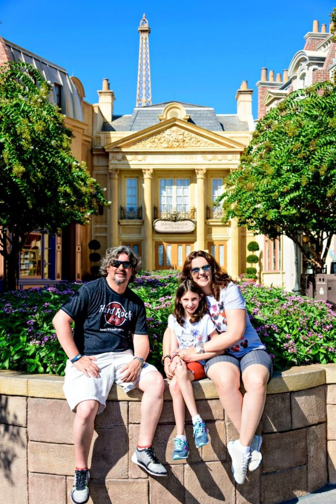 Andreza Trivillin com a família no parque da Disney em Orlando | Renata Souza