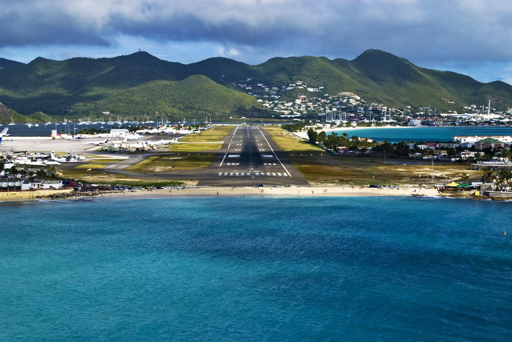 Aeroportos diferentes pelo mundo